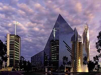 Church Choir Makes Singers Sign Anti-Gay Contract