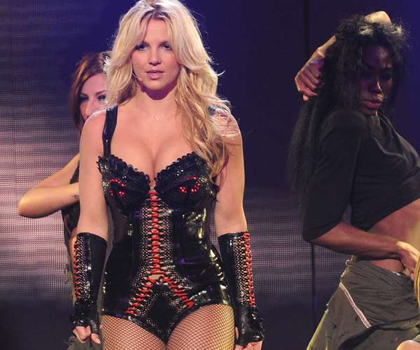Britney Fans 'Go Lesbian' for Her in San Francisco!