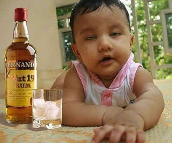 Toddler Gets Juiced Up After Applebee's Serves Him a Margarita