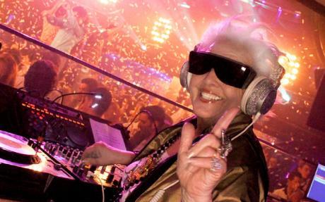 Off Her Rocker : Grandma's a Worldwide DJ Sensation