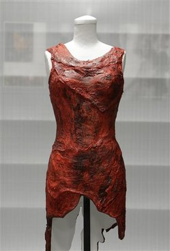 Lady Gaga's Meat Dress Jerkied; Inducted Into Rock and Roll Hall of Fame