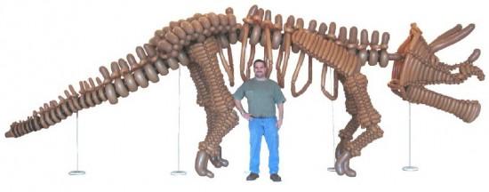 Life-Size Dinosaur Balloon Animals!