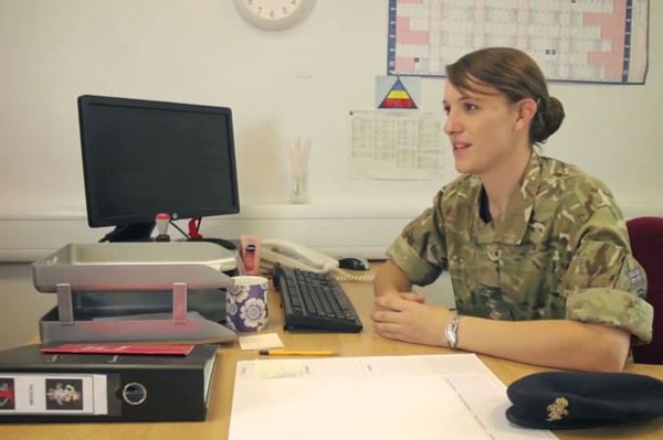 meet-the-highest-ranking-transgender-soldier-in-the-british-military-11