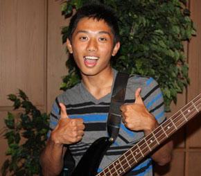 guitar player, boy, teen, man, gay blog, thumbs up, bisexual, smile