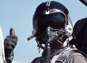 airline pilot, air force, fighter, gay blog, thumbs up, bisexual, smile