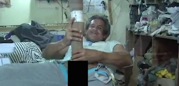 VIDEO: Ist dieser Riesen-Penis ein Fake?