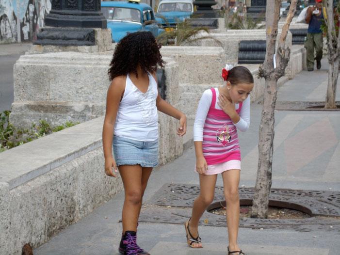 streets, car, women, Cuba, Havana