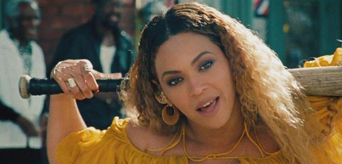 Beyoncé annonce qu'elle est enceinte de jumeaux (ou de jumelles?)