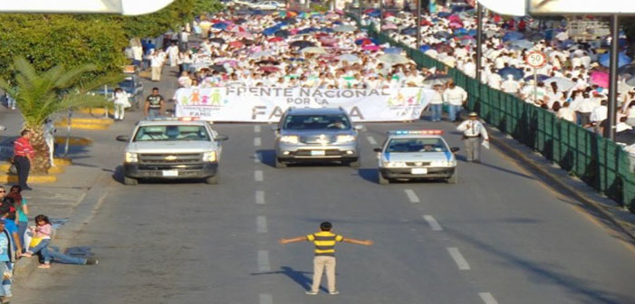 The Story Behind the Now Iconic Photo of a 12-Year Opposing an Anti-LGBT Protest