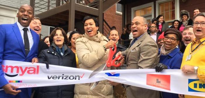 Washington, D.C., Mayor Cuts Ribbon on LGBTQ Youth Transitional Housing Center (Video)
