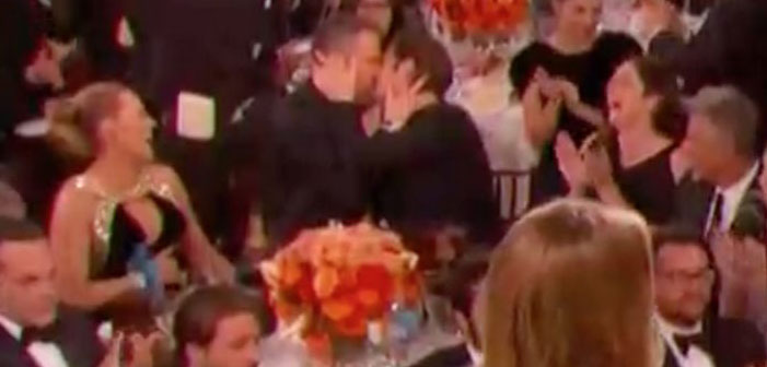Ryan Reynolds and Andrew Garfield Kiss at Golden Globe Awards (Video)