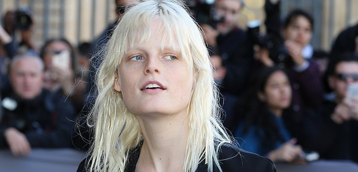 La top model belge Hanne Gaby Odiele fait son coming-out intersexe