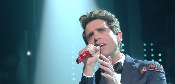 Mika rend un bel hommage à George Michael au festival de musique de Sanremo