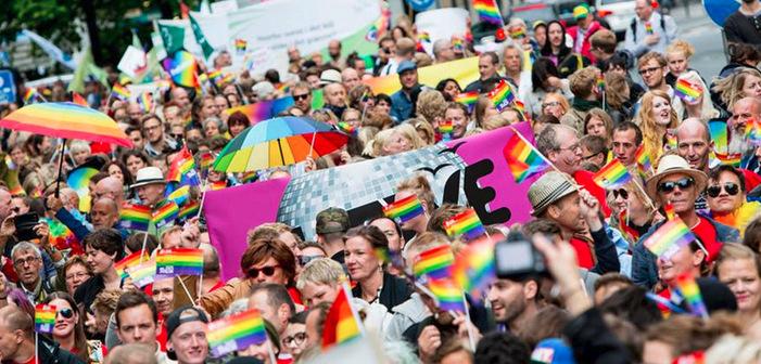 Les couples de même sexe peuvent désormais se marier religieusement en Norvège