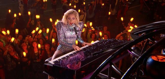 Découvrez la performance de Lady Gaga au Super Bowl