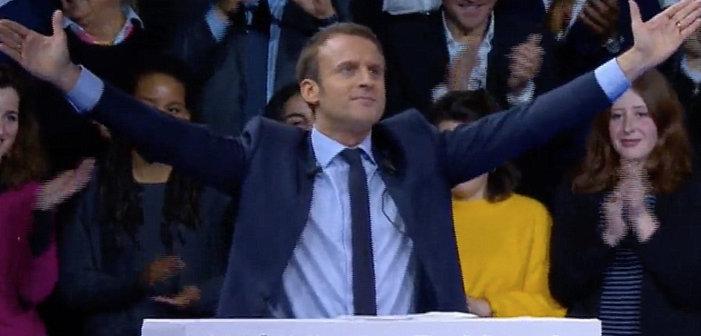 Pro PMA mais anti GPA, Emmanuel Macron souffle le chaud et le froid sur les questions LGBT