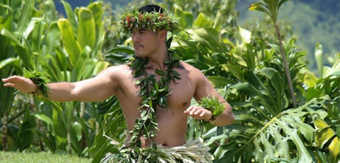 This Hula Hunk Has Stolen Our Hearts (Video)