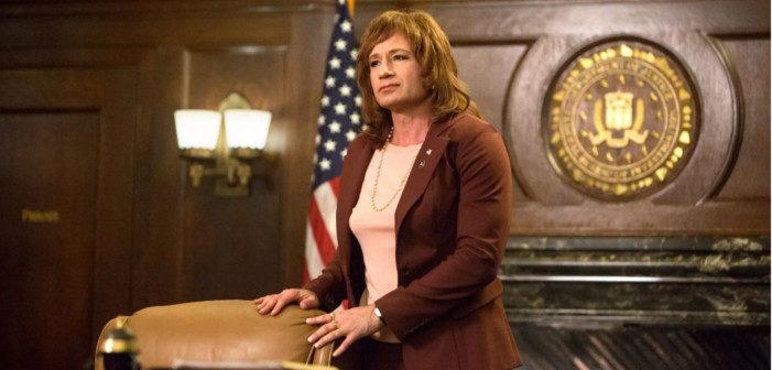 Twin Peaks: David Duchovny Is Back as DEA Agent Denise Bryson