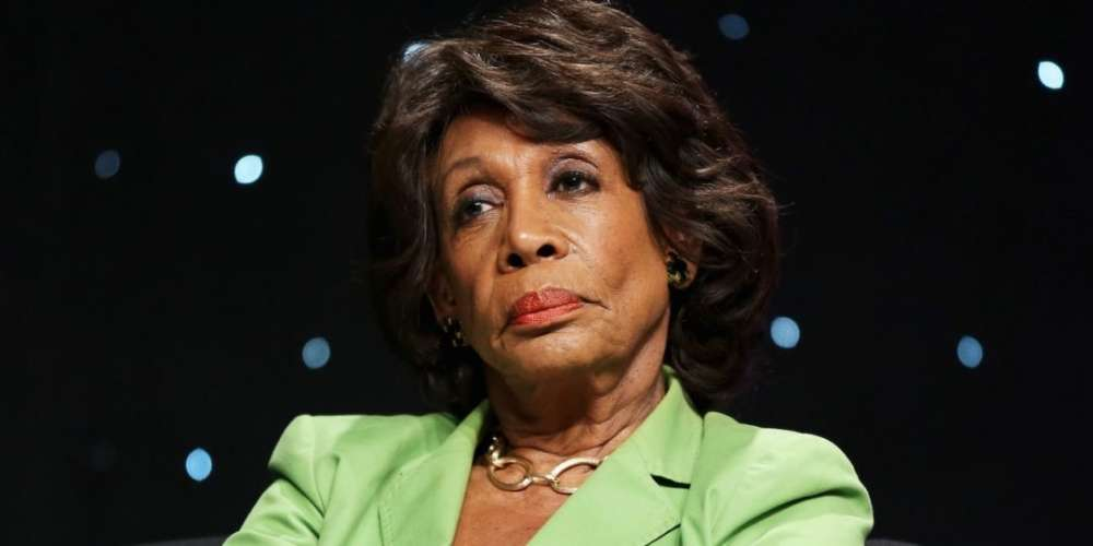 Watch Maxine Waters Respond to Right-Wing Schmuck Bill O'Reilly's Racist Insult