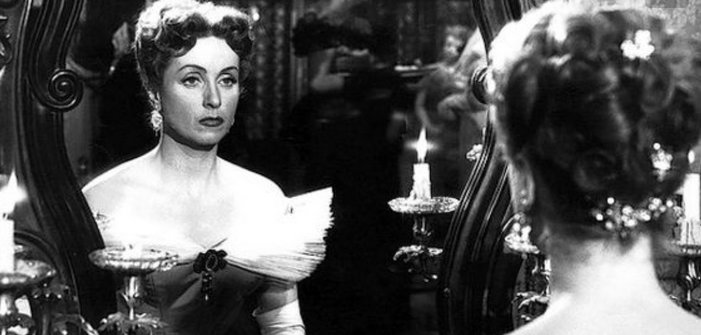 Danielle Darrieux, qui a 100 ans aujourd'hui, a fasciné des générations de cinéastes, de Max Ophüls à François Ozon, Jacques Demy et Paul Vecchiali
