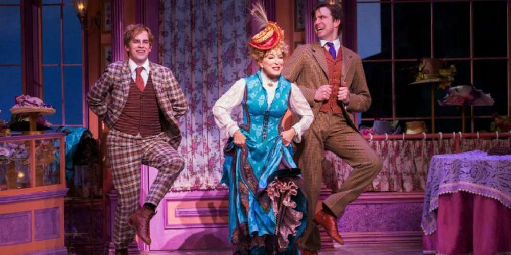 7 Divas Who Should Replace Bette Midler in 'Hello, Dolly!' and the One Who Probably Will