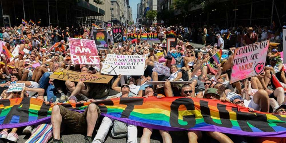 """18 LGBTQ Groups to Lead NYC Pride March 2017 as """"The Resistance"""""""