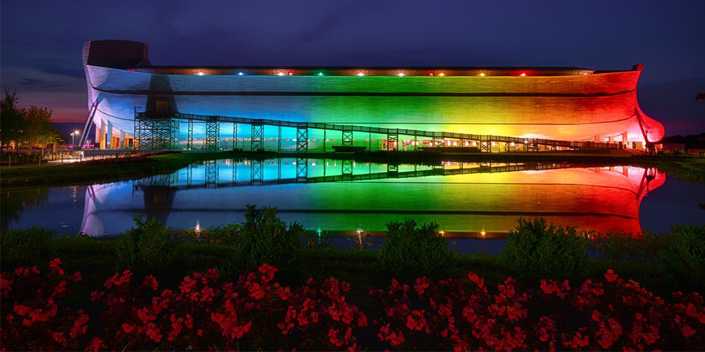 Gay Twitter Comes for Kentucky's Ark Encounter and Its 'Take Back the Rainbow' Owner