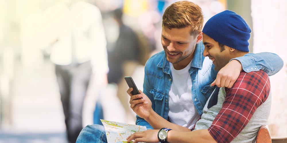Como apps gays podem educar e empoderar pessoas sobre prevenção contra HIV e IST