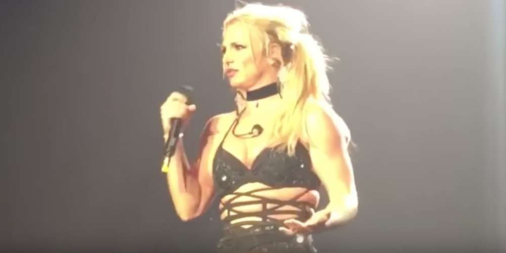 Watch Britney Spears Jab the Media and Actually Sing Bonnie Raitt's 'Something to Talk About' Live