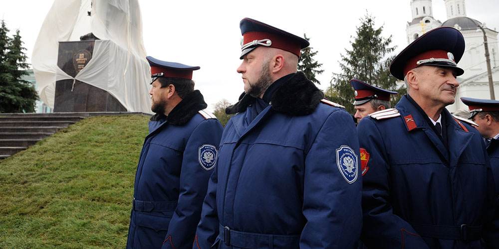 Le gouvernement homophobe de la Tchétchénie force les hommes à la polygamie… pour lutter contre le terrorisme
