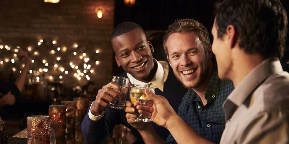 Drink Up! Here's When the Bars Close in Various Cities Around the World