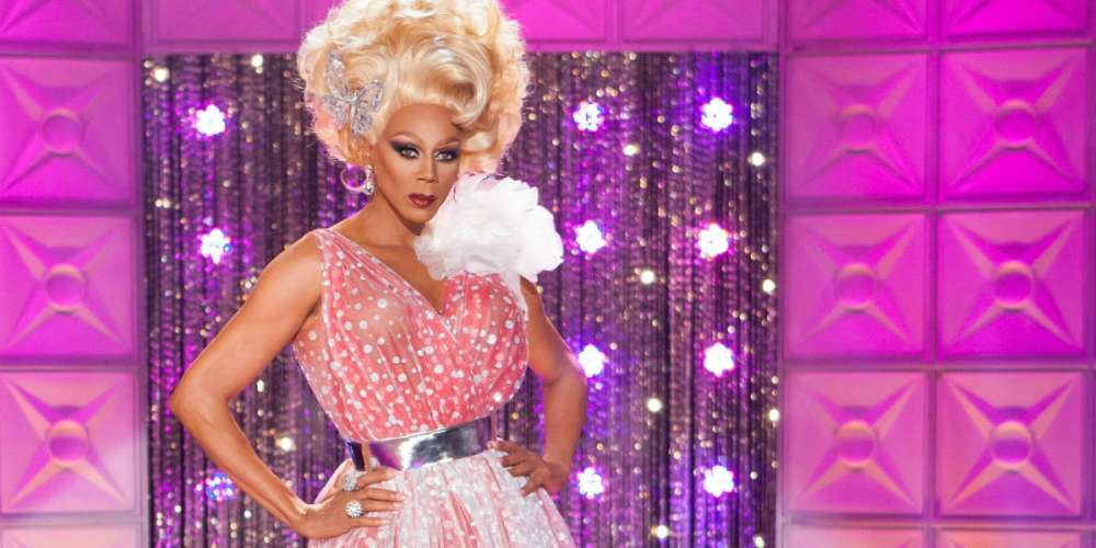 Here Are 10 Reasons Why We Need RuPaul to Host 'SNL' Next Season