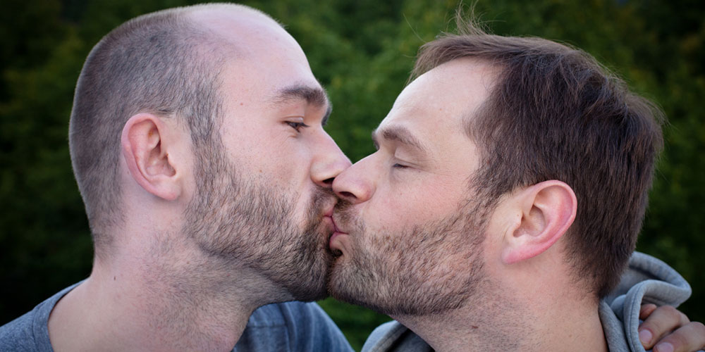 Starting This Weekend, Same-Sex Couples Can Legally Wed in Germany (Video)