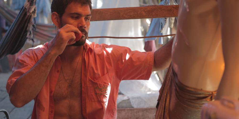 The New-to-Netflix 'Neon Bull' Offers Great Acting … and Loads of Male Frontal Nudity