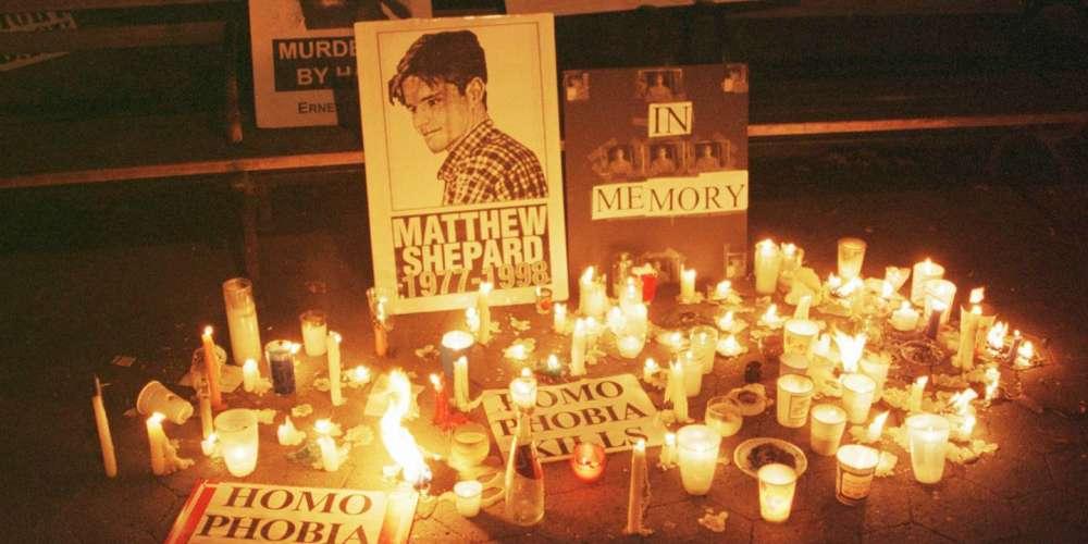 Прошёл уже 21 год с того момента, как Эллен Дедженерес высказалась на церемонии памяти Мэттью Шепарда (Видео)