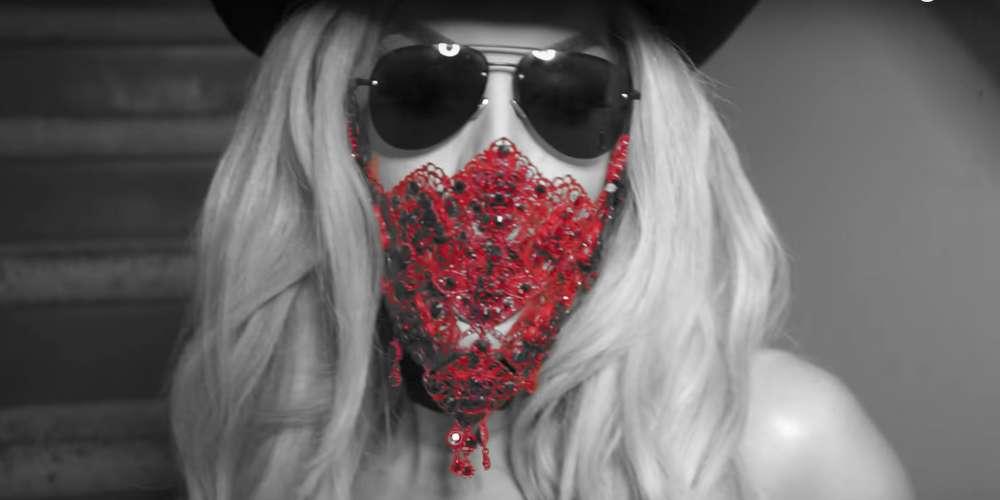 วีดีโอล้อเลียนเพลง 'Despacito' ของ Alaska แสดงให้เห็นว่าเธอเป็นแฟนตัวยงคนหนึ่งของ Valentina (วีดีโอ)