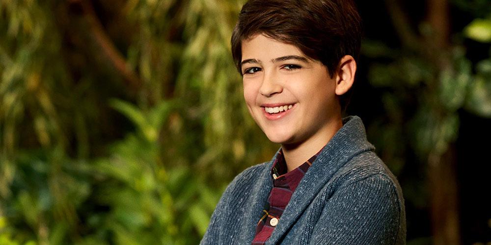 Mira la Conmovedora Salida del Clóset de la Serie de Disney Channel 'Andi Mack'