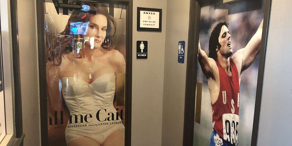 Restaurant Uses Images of Caitlyn Jenner Pre- and Post-Transition as Bathroom Signs, Internet Reacts