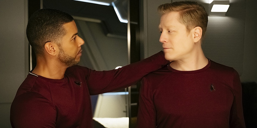 Behold! The First-Ever Gay Male Kiss in Star Trek's Entire 51-Year History (Video)