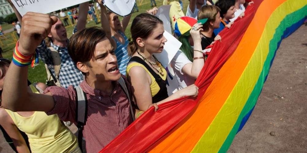 A Random Sociopath Threw Acid Onto 6 Russian LGBTQ Activists in Moscow