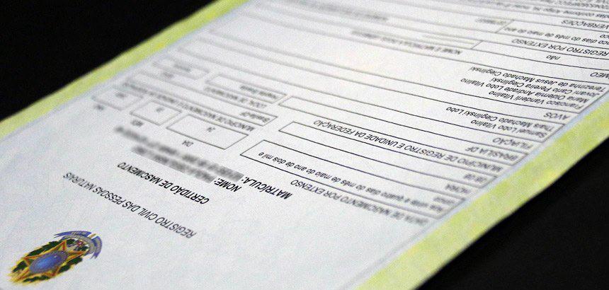 Novas regras para certidão de nascimento incluem as múltiplas configurações de família