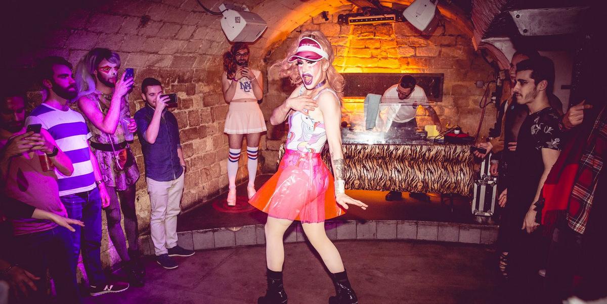 Photos: la C.C party x Power pouf au Klub