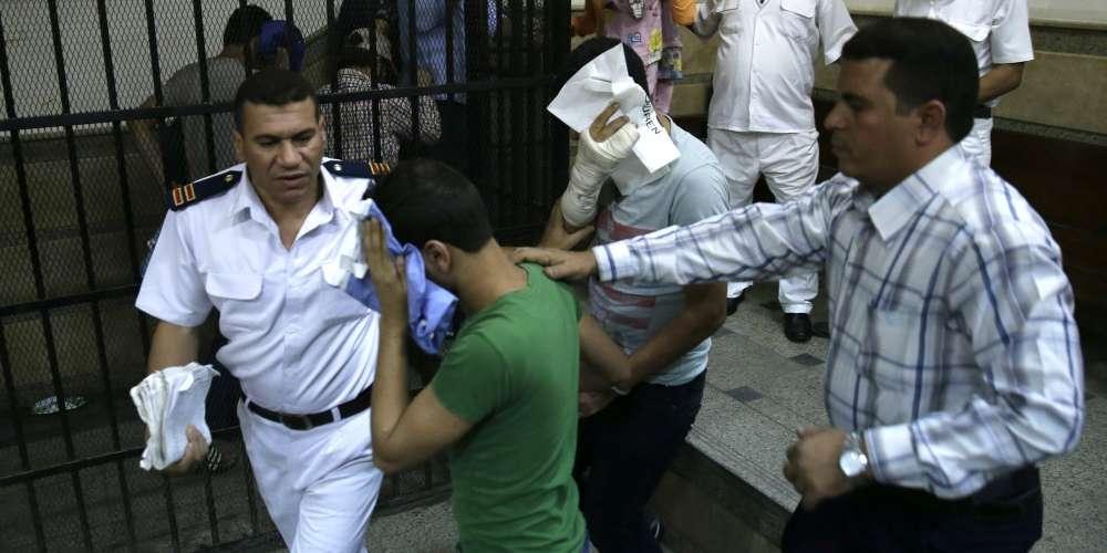 埃及14名男子因同性戀身分遭判刑3年