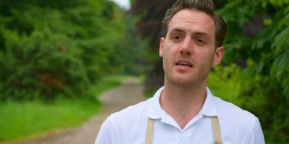 This Former 'Great British Bake Off' Contestant Had the Best Response to His Nudes Leaking