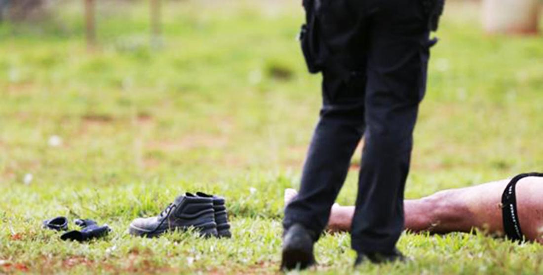 Homem mata namorado em ponto de pegação em Brasília por ciúmes