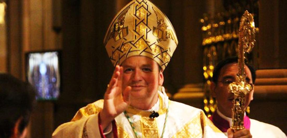 Arcebispo diz que 2017 foi horrível culpa casamento igualitário