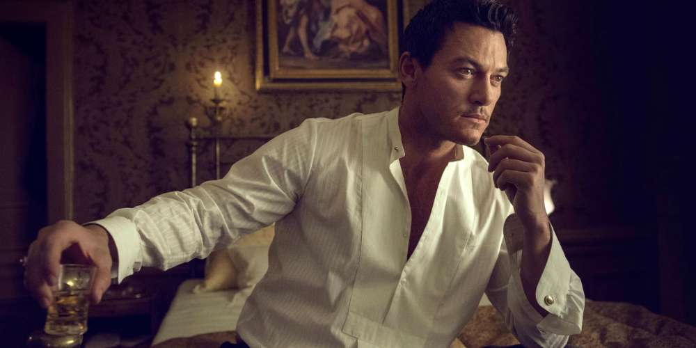 Luke Evans Is Trying to Find the Killer of Crossdressing Sex Workers in TNT's New Hit Drama
