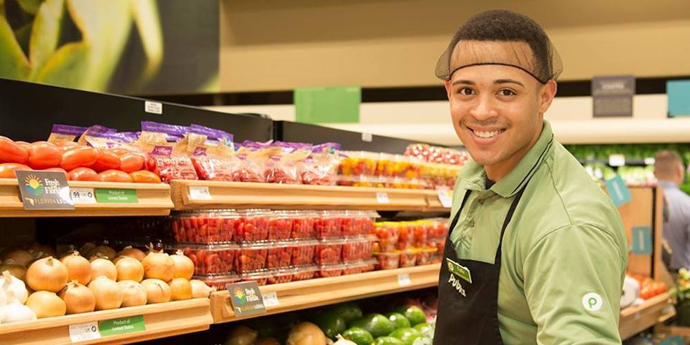 A Man Is Suing Publix Grocery Stores Over Homophobic Abuse, and Others Have Too