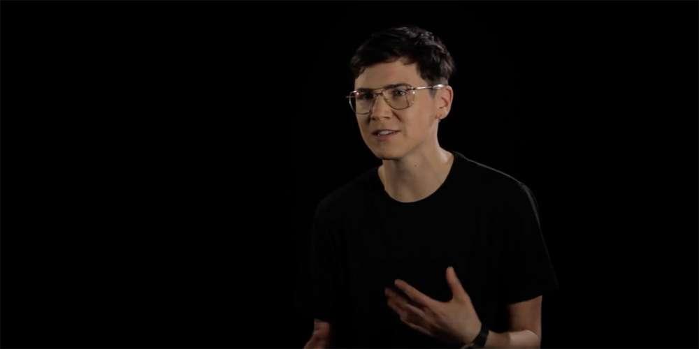 Entre Garçons: Découvrez le portrait de Raymond, mec trans