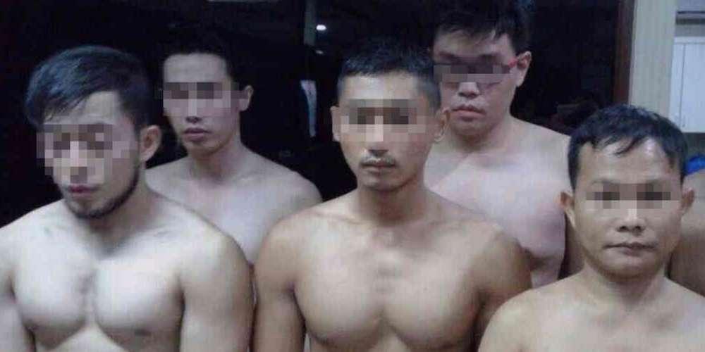 กฎหมายใหม่อินโดนีเซียอาจทำให้การมีเพศสัมพันธ์ระหว่างชายด้วยกันต้องถูกลงโทษหลังเมษายน